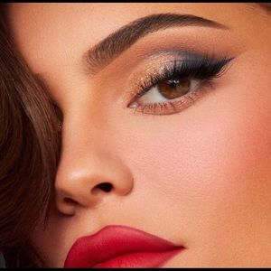 Kylie Cosmetics Makeup - Kylie Cosmetics Sailor Eyeshadow Palette
